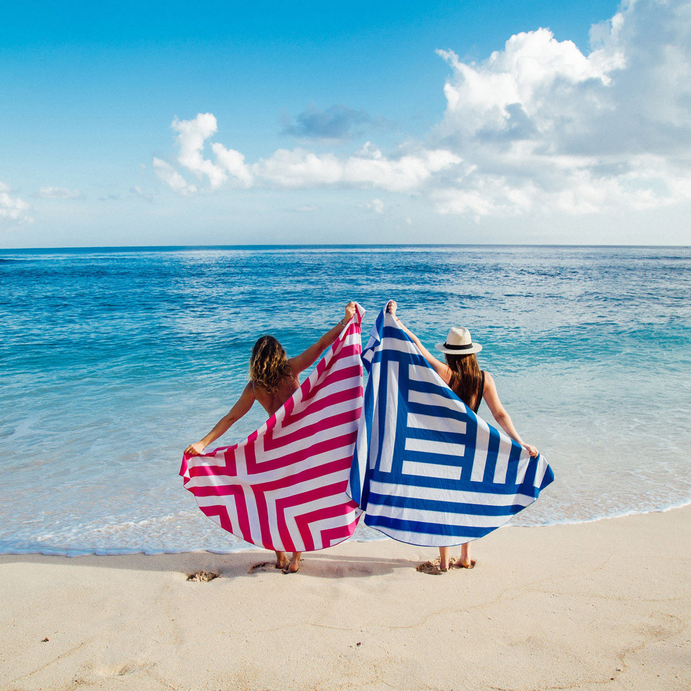 Best Sand Free Beach Towel 1