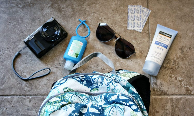 WATERPROOF TOTE BAGS FOR BOATING AT THE BEACH